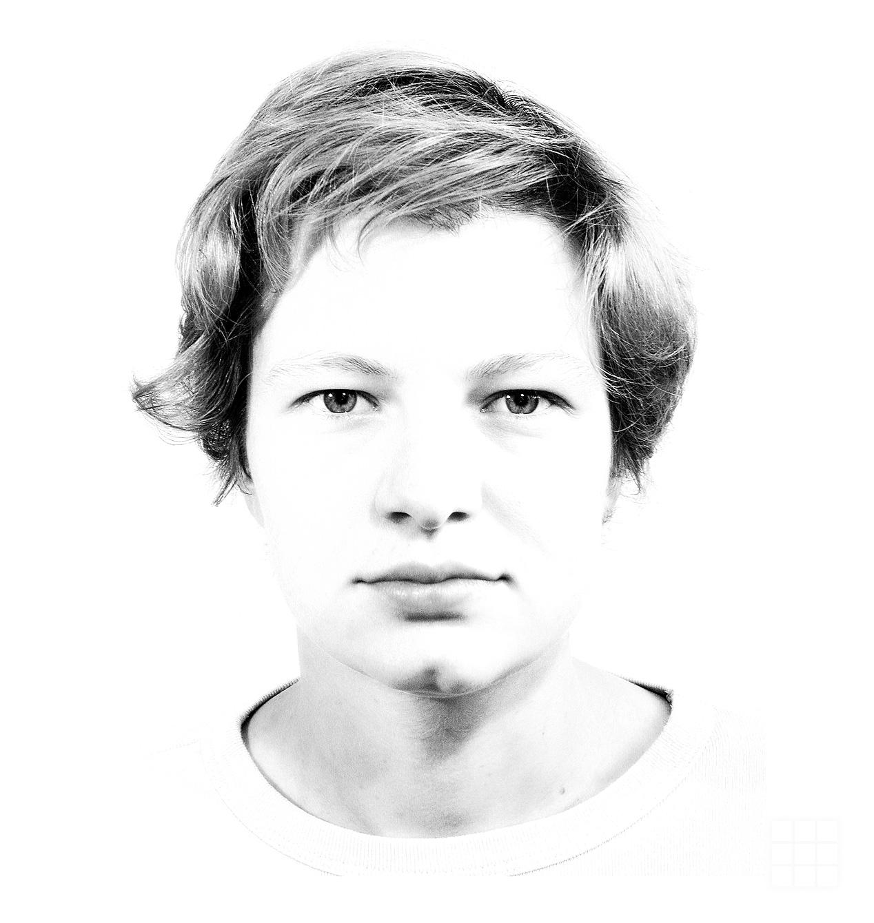 Schwarzweiß Portrait Junge Frau